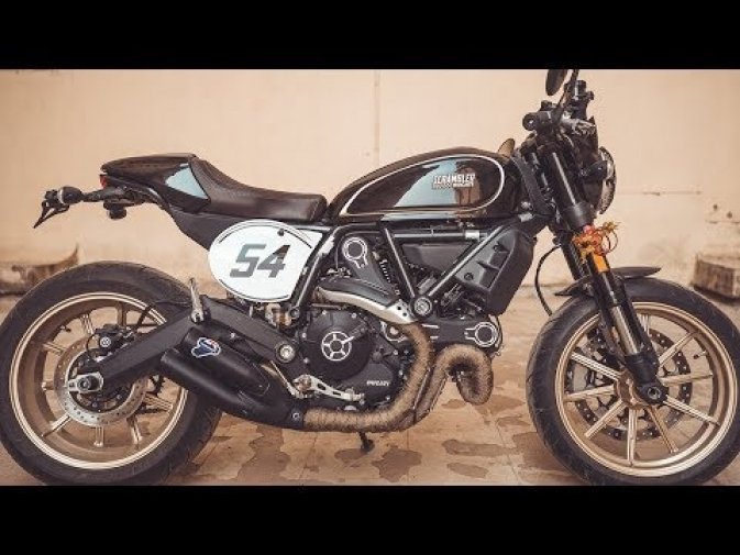 Ducati Scrambler Cafe Racer – Installing the Accessories!