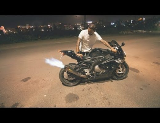 BMW s1000rr PRO Spitting Flames in Diwali